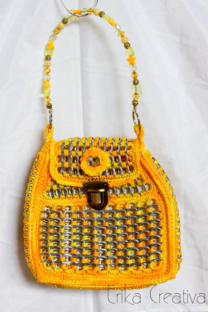 Bolsa de anillas con asa de abalorios