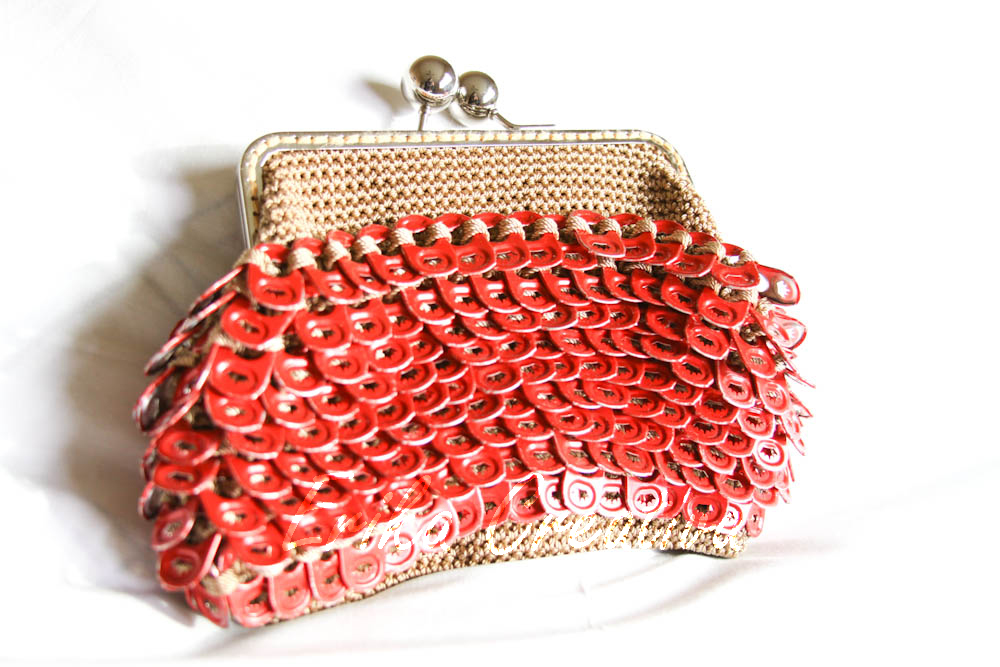 Budweiser pop tops coin purse with metal frame