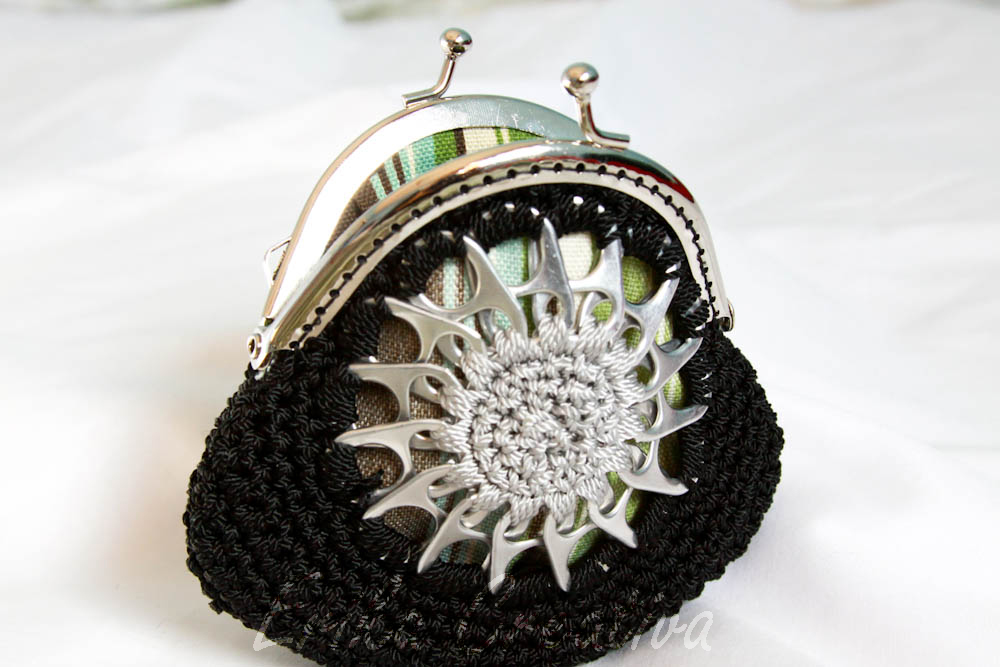Star pop tops coin purse with snap frame